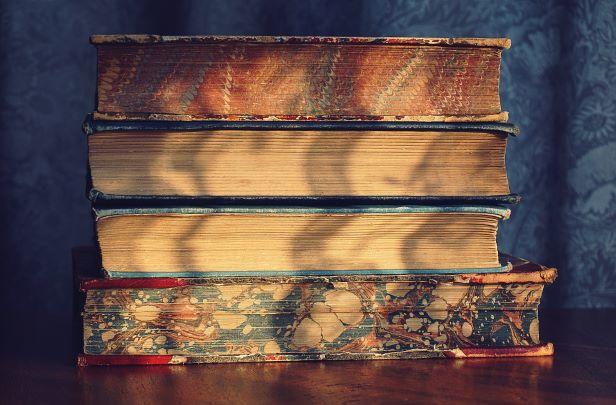 Recomandări de lectură
