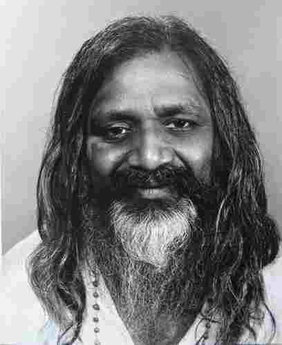 Maharishi Mahesh Yogi - Este Mama Natură Dumnezeu?