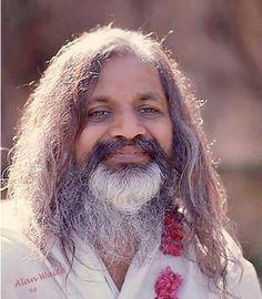Maharishi Mahesh Yogi - Darwin și Evoluția