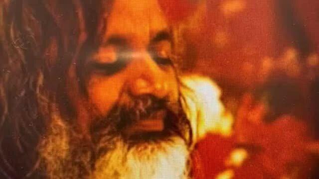 Conștiința Divinității - Maharishi Mahesh Yogi