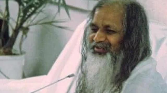 Pisici, câini și alte subiecte diverse - Maharishi Mahesh Yogi